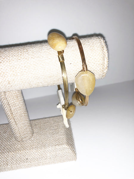 Tan and gold 3stone wire bracelet