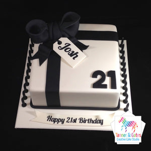 Big Bow Birthday Cake (Tag & Number)