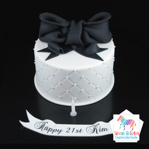 Big Bow Birthday Cake (Round)
