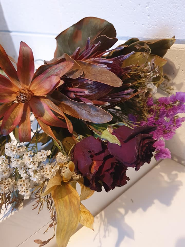 Dried Flowers - Medium