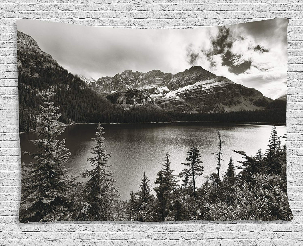 Mountains By Waterbody Décor Tapestry