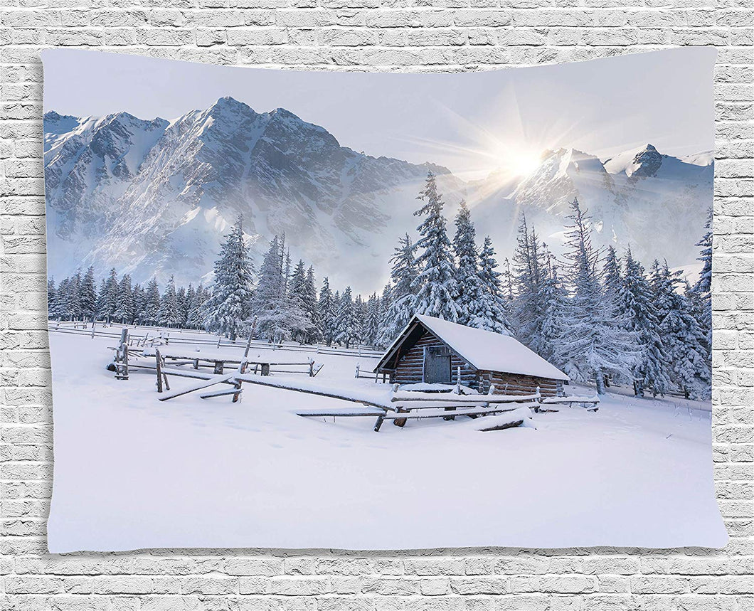 Farm House By The Mountain Décor Tapestry