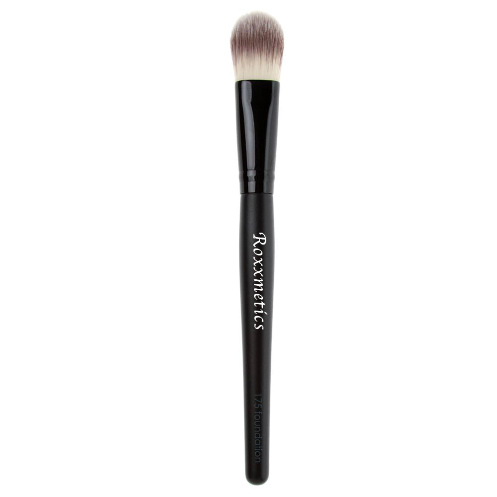 *NEW* Flat Foundation Brush