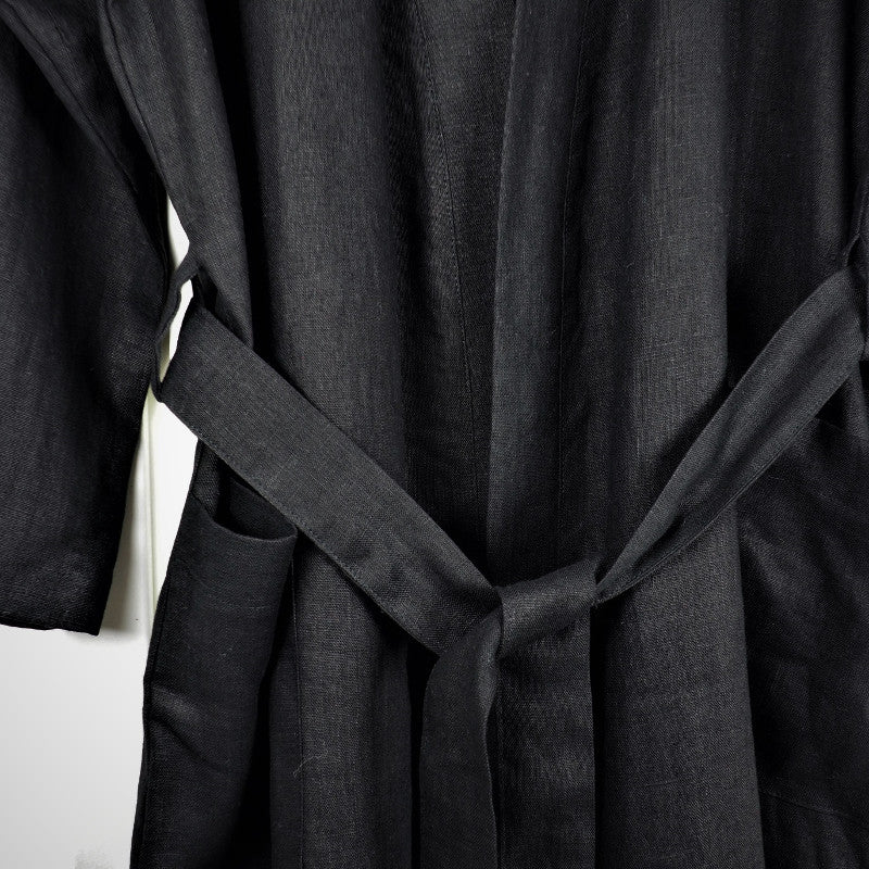 Black linen robe Sunday Zen, Terra Ocra