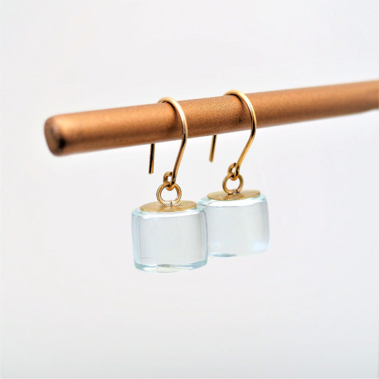 Glass drop earrings New York, Rosa Mendez