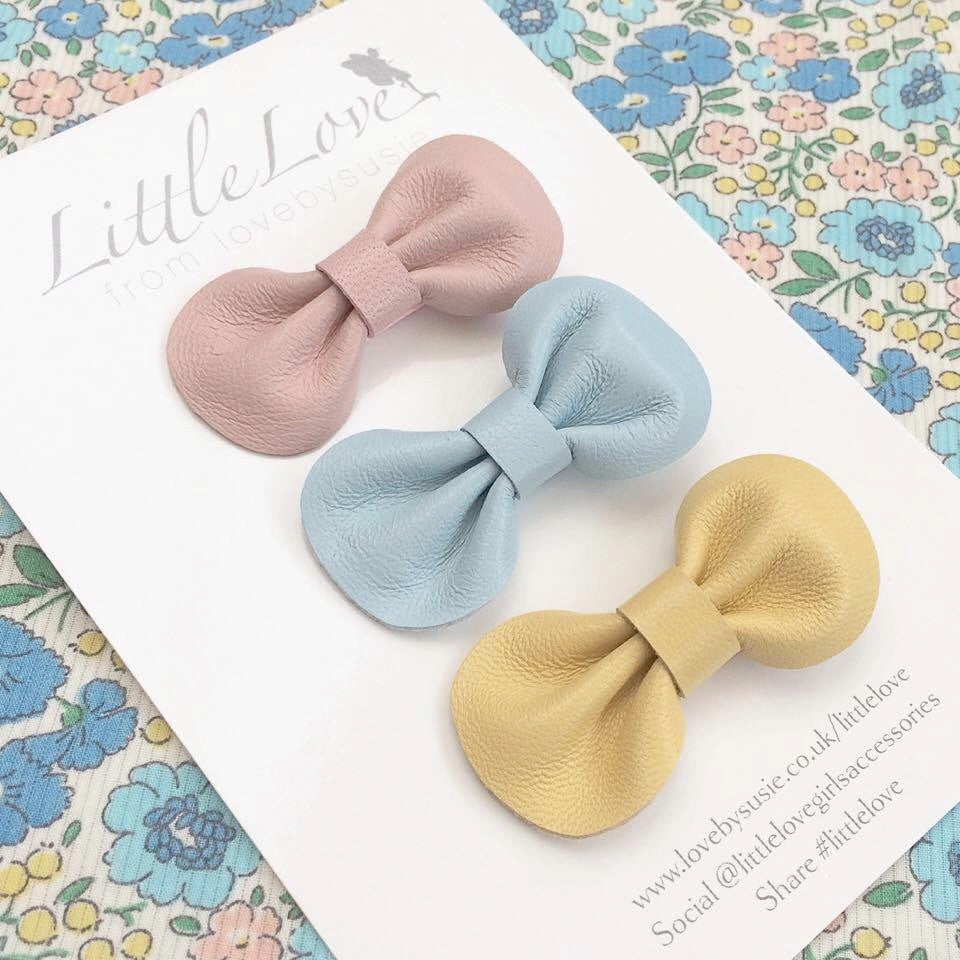 Little Love Baby or Toddler leather bow hair clip set in pretty pastels, Baby Hair Accessories, Baby Bow, Toddler Bow, Hair Clips, Toddler hair bows, Leather Bow hair clips set, baby hair clips, mini leather bow hair clips, baby hair clips, mini hair bows for babies, pastel hair bow clip set