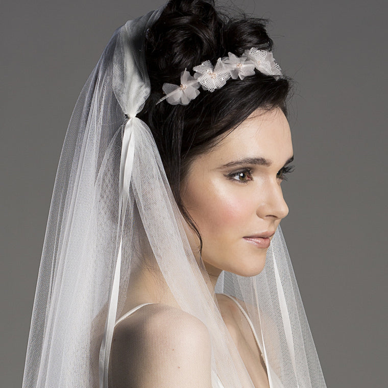 Finger Tip Wedding Veil in Ivory with Silk ribbon Ties Feature