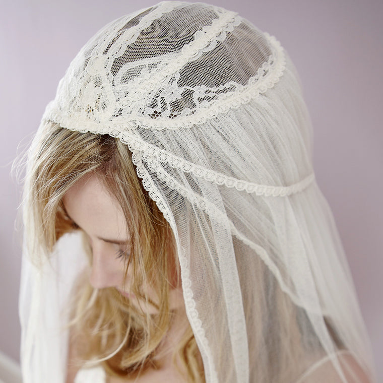 Etta Vintage Lace Juliet Cap Chapel Length Silk Wedding Veil