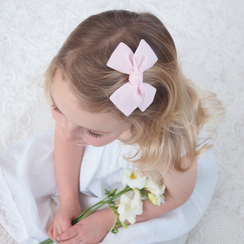 Little Love luxury velvet bow hair clip in pale pink, flower girl bow, pink flower girl bow, pink flower girl hair bow, velvet bow hair clip, large velvet bow uk, pink velvet hair bow, pink bow hair clip, pink velvet bow, Pinkhair bow for flower girls, pink velvet bow