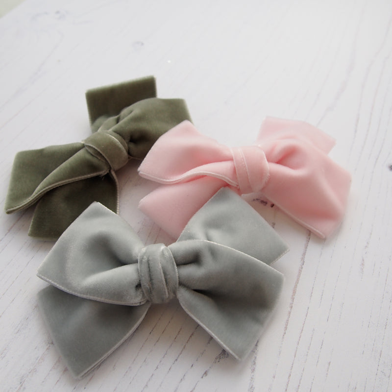Little Love luxury velvet bow hair clip in pale green, velvet bow hair clip, large velvet bow uk, green velvet hair bow, green bow hair clip, sage green velvet bow, green velvet hair bow, velvet bow hair clip