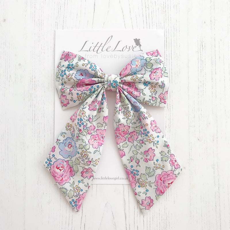 Little Love cotton bow hair clip In Liberty Felicite print Tana Lawn, Liberty fabric hair bows, Liberty Tana Lawn Hair bows, Felicite Pink and blue Liberty Hair bow for little girls, liberty floral hair clips, liberty print hair bows, cotton bow hair clips, floral liberty hair clips, liberty print hair clips, Felicite Liberty
