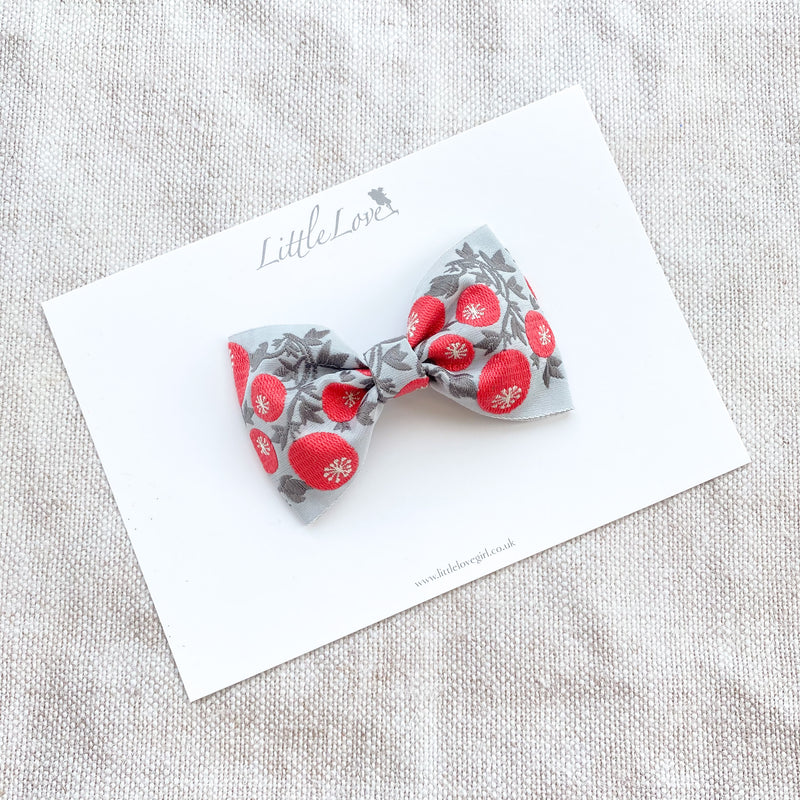 Embroidered Bow / WINTERBERRY