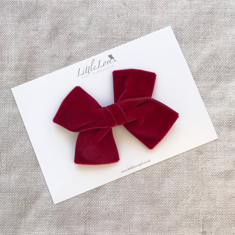 Little Love luxury velvet bow hair clips, large velvet bow hair clip, large velvet bow uk, sage velvet hair bow, red velvet bow hair clip, Plum velvet bow hair clip, Red velvet hairbow, girls velvet bow hair clips, Christmas hair bows in red velvet, Red Christmas bow hair clips, Red Velvet Bow Hair Clips, Red Velvet Hairbows