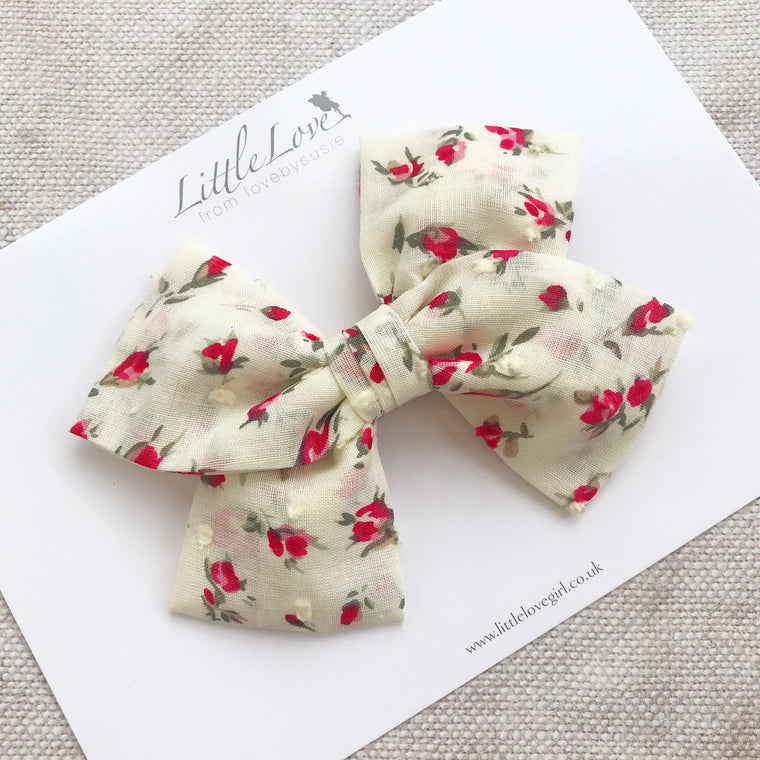 🌹 ROSEBUDS 🌹Swiss Dot Hair Bows