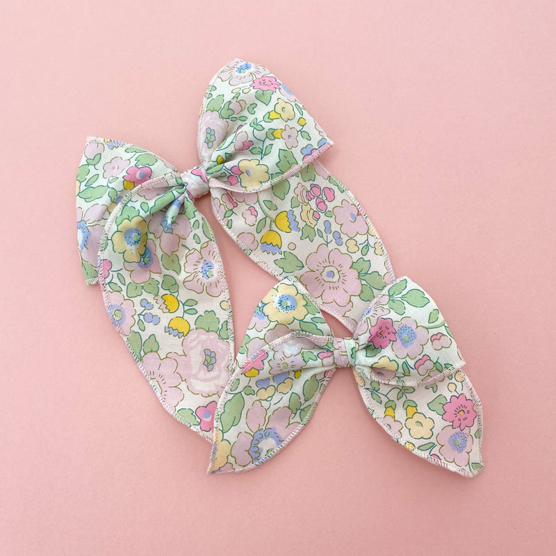 Little Love Prairie style, Liberty London Betsy Bonbon floral bow hair clip, Liberty floral print cotton bow hair clips for little girls, floral print cotton pigtail bows, liberty hair bows for baby, liberty print hair bows, uk handmade hair bows, oversize liberty fabric bow hair clips, liberty baby hair bows