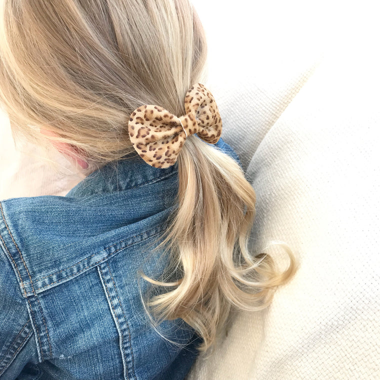 COCO Classic Leather Bow/ LEOPARD