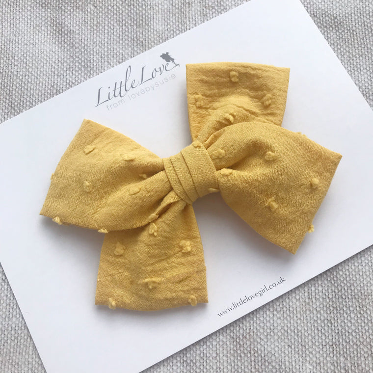 Little Love autumn cotton bow hair clips in swiss dot cotton for little girls, Ochre cotton spot hair clips, mustard hair bow in Ochre, Ochre hairbows, autumn bow hair clips, Ochre hair bow, yellow bow hair clip, pink cotton hair bow, oversize mustard bow hair clip, pink cotton bow barette, autumn hair clips