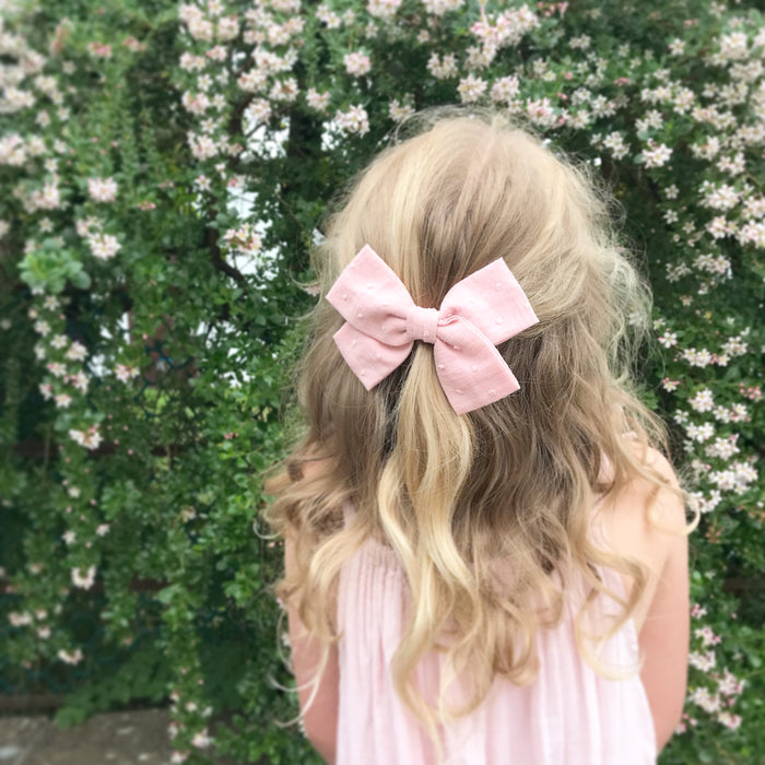 Little Love cotton bow hair clip Wildflower collection for little girls, cotton spot hair clips, pink hair bows, pink cotton spot bow hair clips, linen bow hair clips, cotton floral liberty hair clips, liberty print hair bows, pale pink cotton bow hair clip, pale pink cotton hair bow