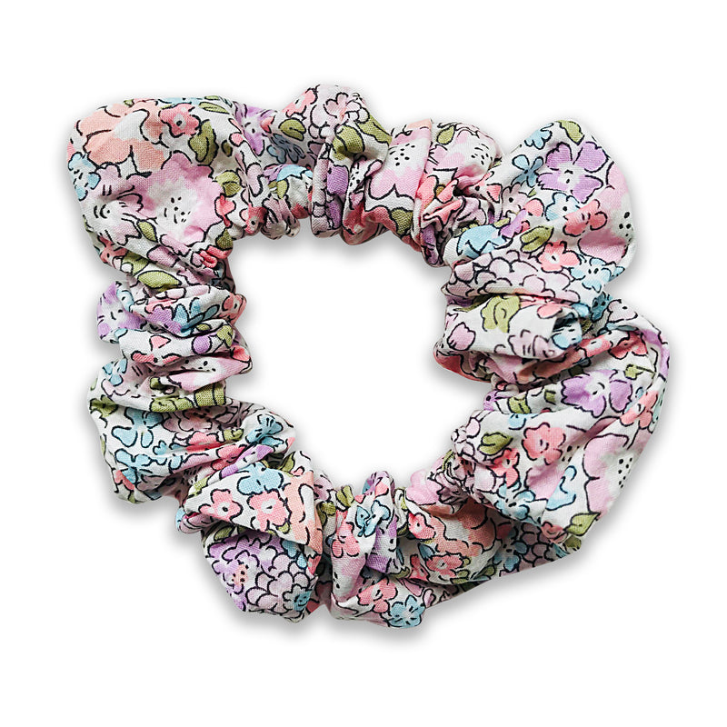 Liberty print scrunchie for children from Josie Joans. Liberty hair scrunchie, childrens scrunchie Liberty hair accessories, liberty print hair clips, Josie Joans, Josie Joans UK, Josie Joans hair clips UK, Josie Joans scrunchie, Liberty Michelle scrunchie, Liberty scrunchie, Liberty print hair accessory