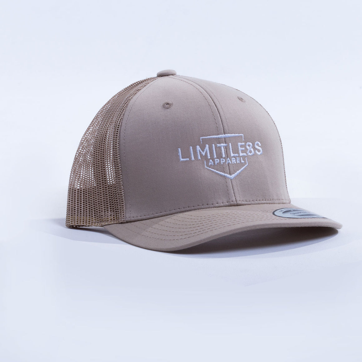 Retro trucker cap sand