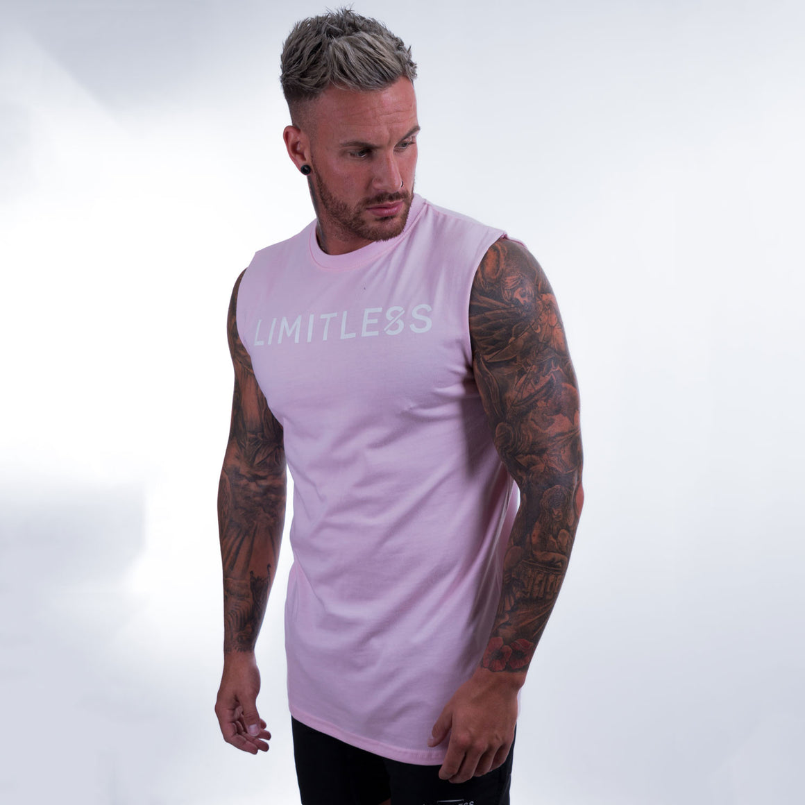 Sleeveless T-Shirt pink