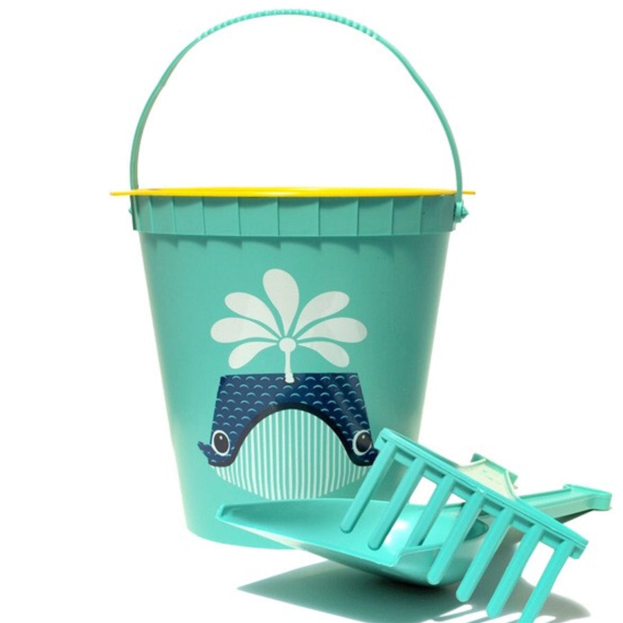Whale Eco Friendly Beach Kit by Mibo Coq En Pate