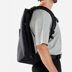 Slim, expandable 3-in-1 laptop backpack | Secure | RiutBag X35