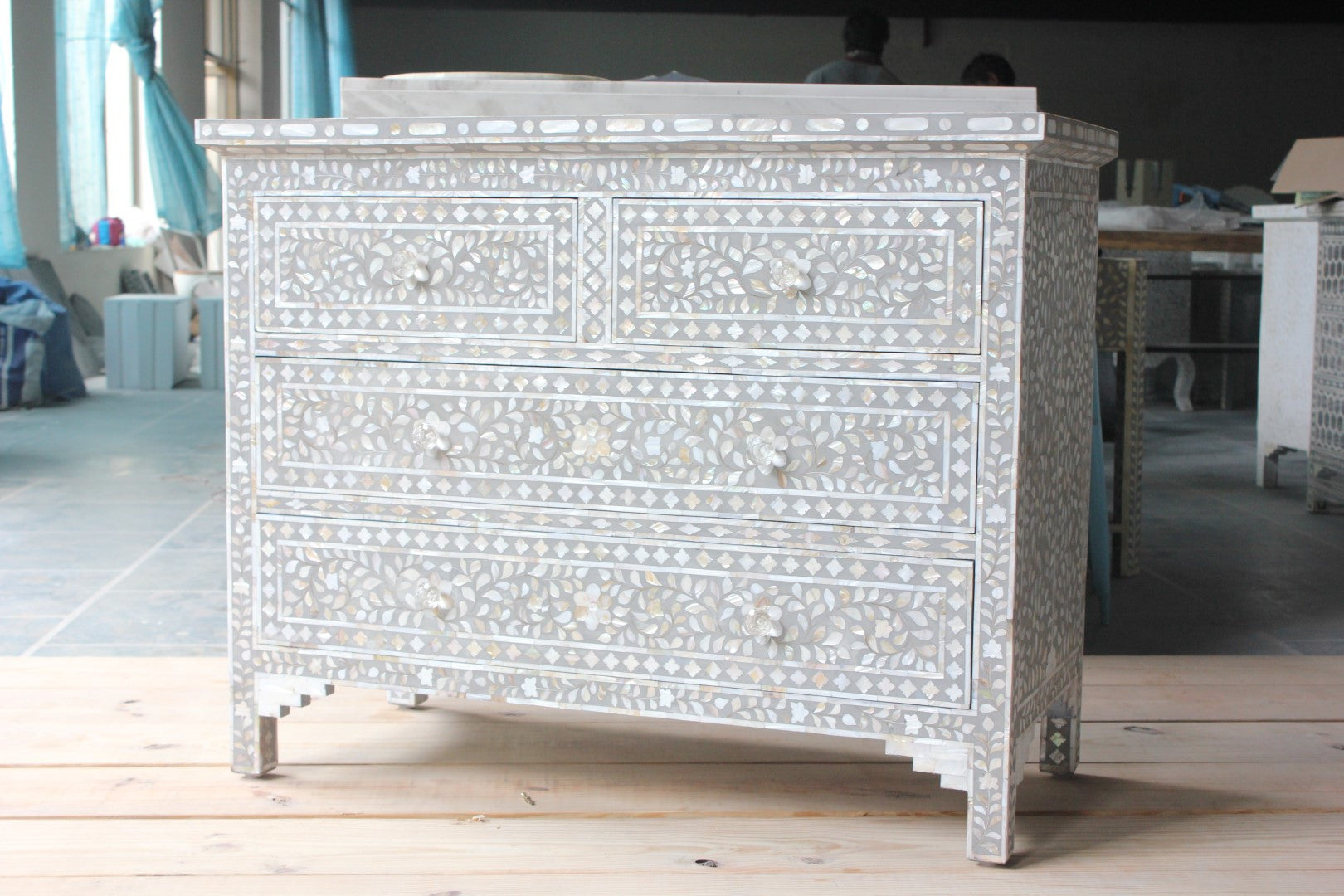 Soft Grey Mother Of Pearl Inlay Chest Of Drawer
