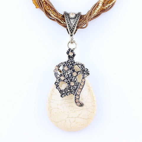 NATURAL CRYSTAL STONE PENDANT NECKLACE - FASHION PEACOCK