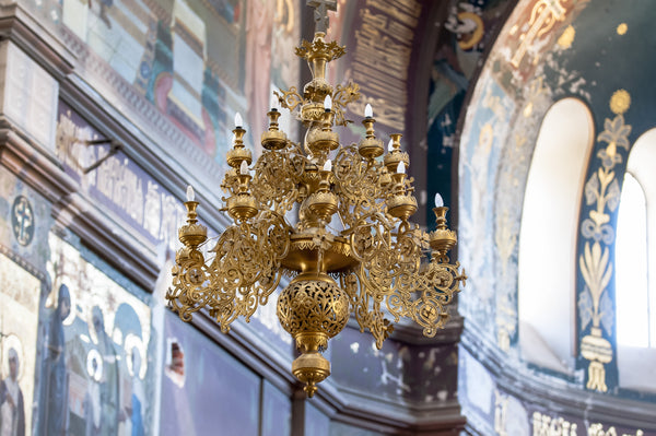 Ceilings with a story: The history of the chandelier