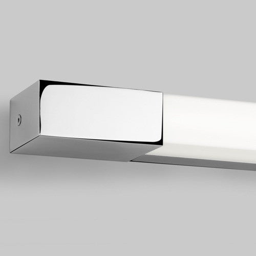 Romano 600 IP44 Bathroom Wall Light
