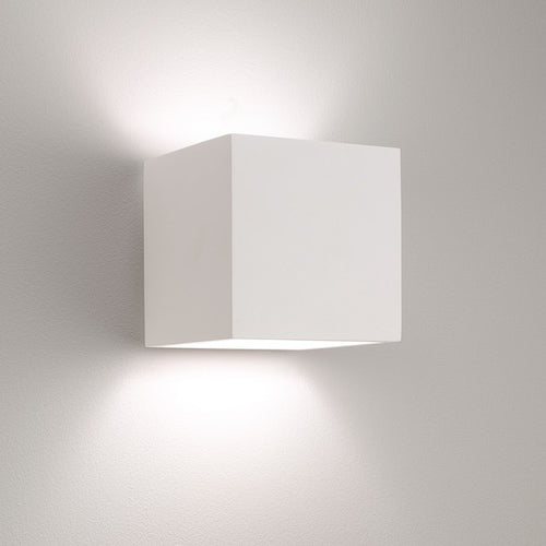 Pienza 165 White Plaster Wall Light