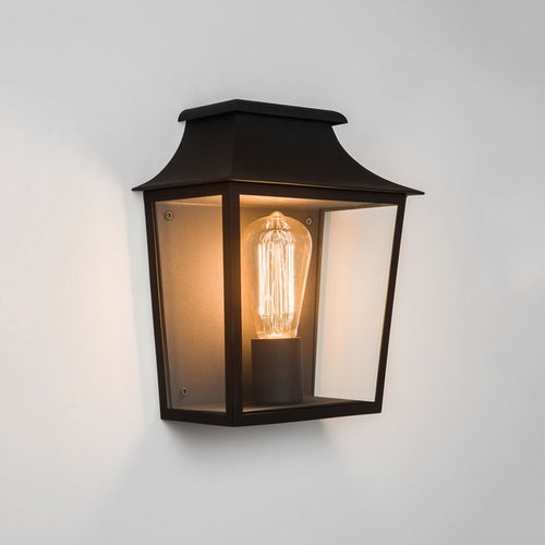Richmond Black Outdoor Wall Light