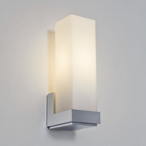 Taketa IP44 Bathroom Wall Light