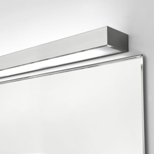 Tallin 900 IP44 Bathroom Wall Light