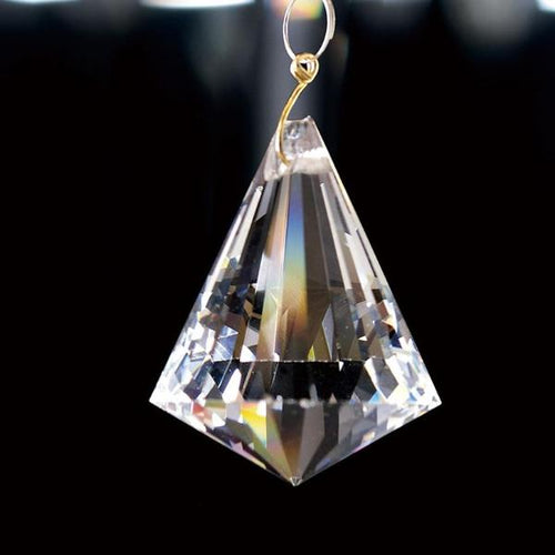 Crystal Pyramid Without Ring Clear 30mm