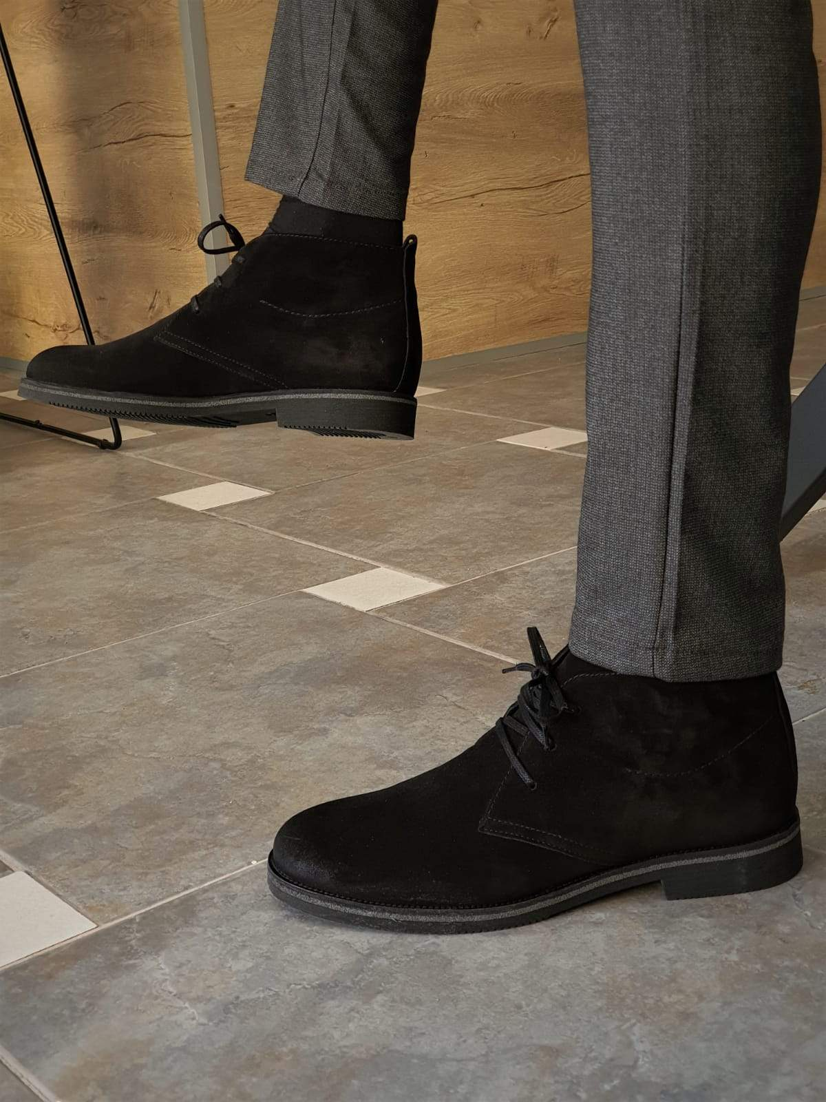 Anchorage Black Suede Chukka Boots