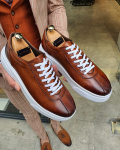 Lambruska Brown Laced Sneakers