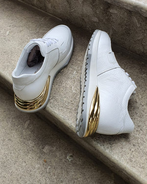 Winner White Mid-Top Sneakers