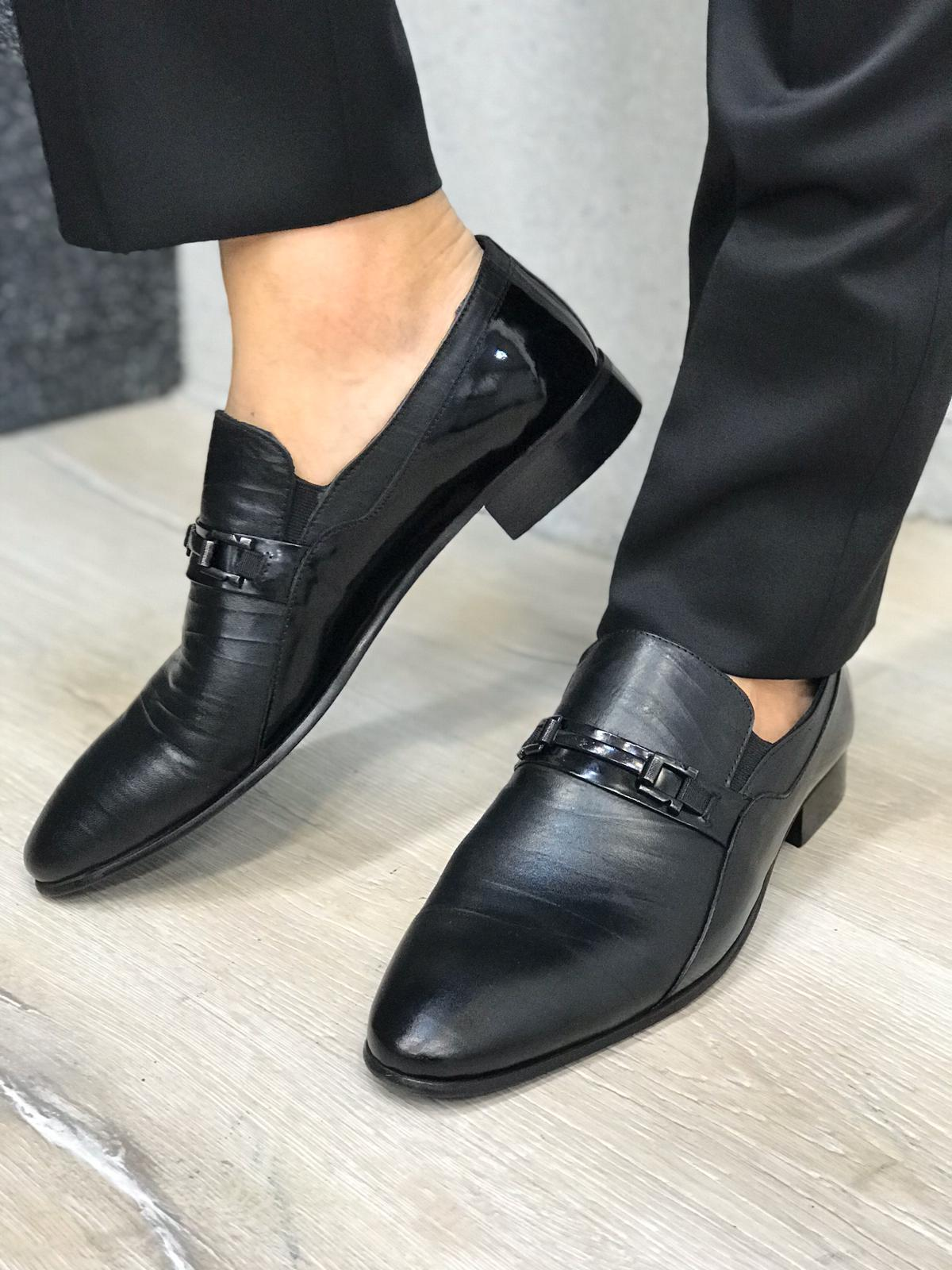 Leone Black Leather Shoes
