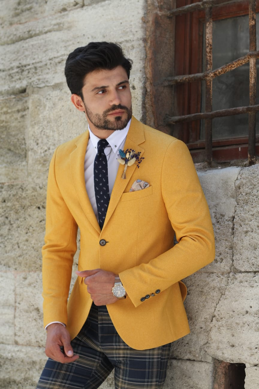 Pac Slim-Fit Jacket in Yellow