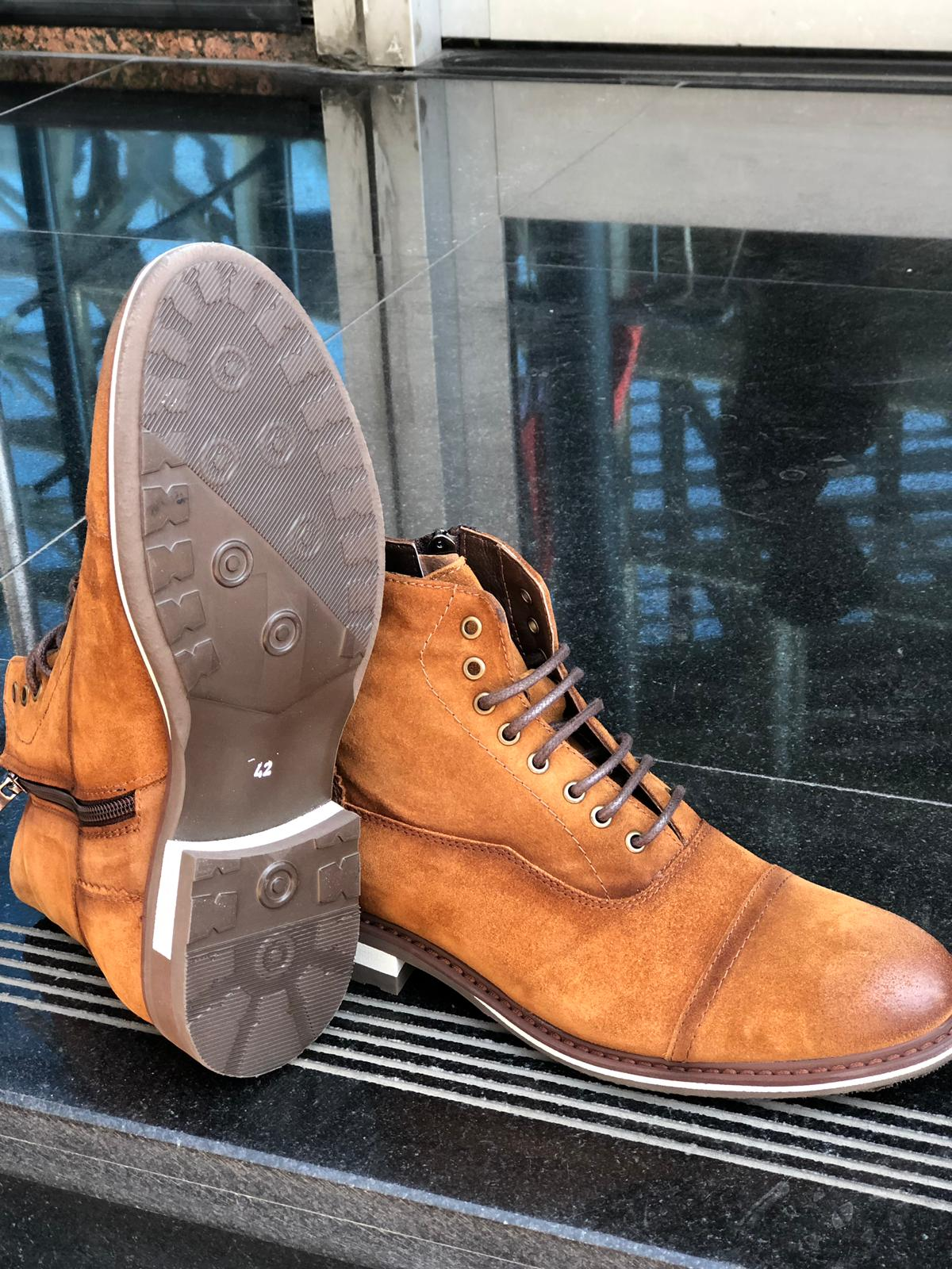 Casual Laced Boots Tan