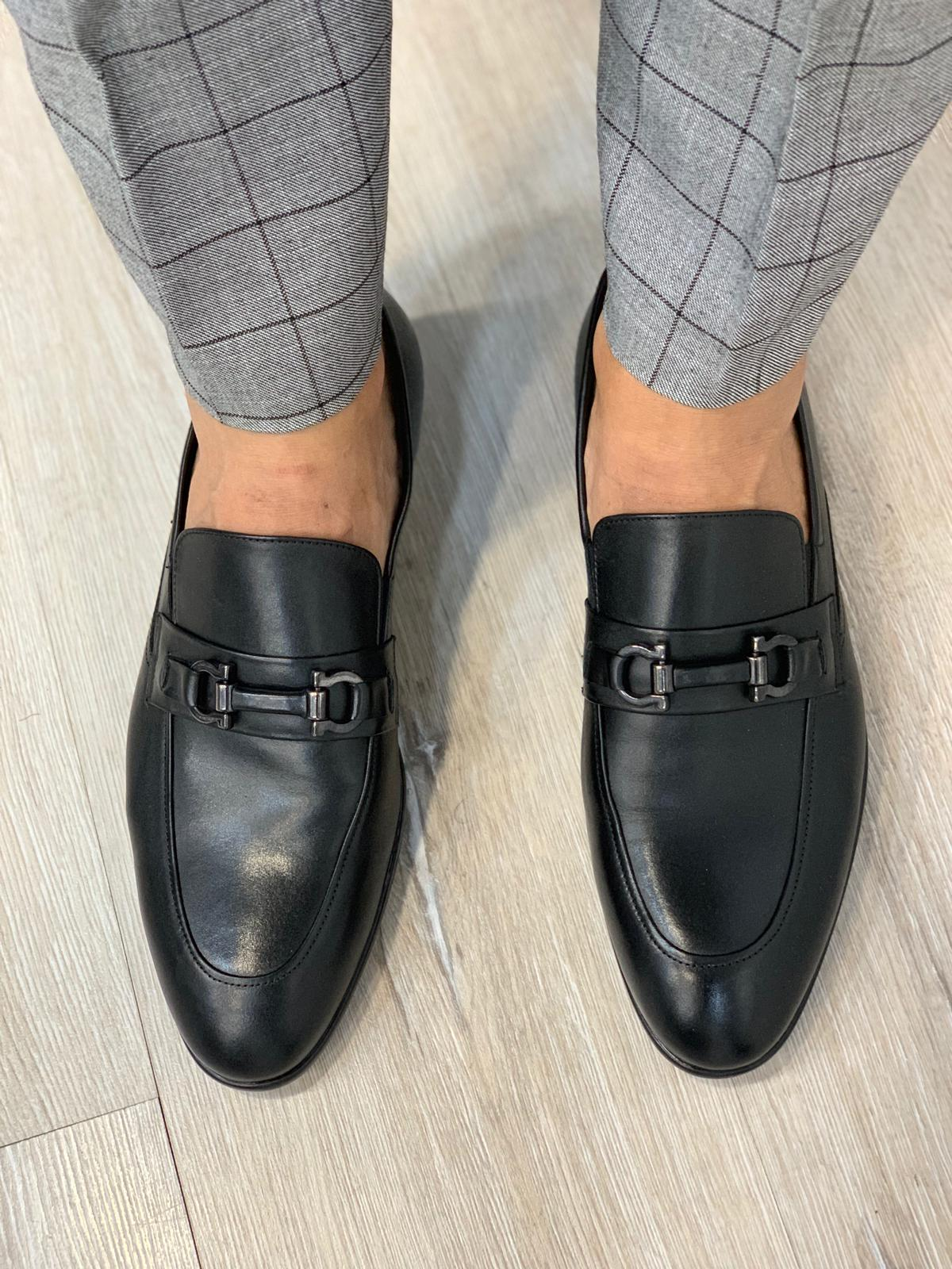 Marc Limited Shoes in Black