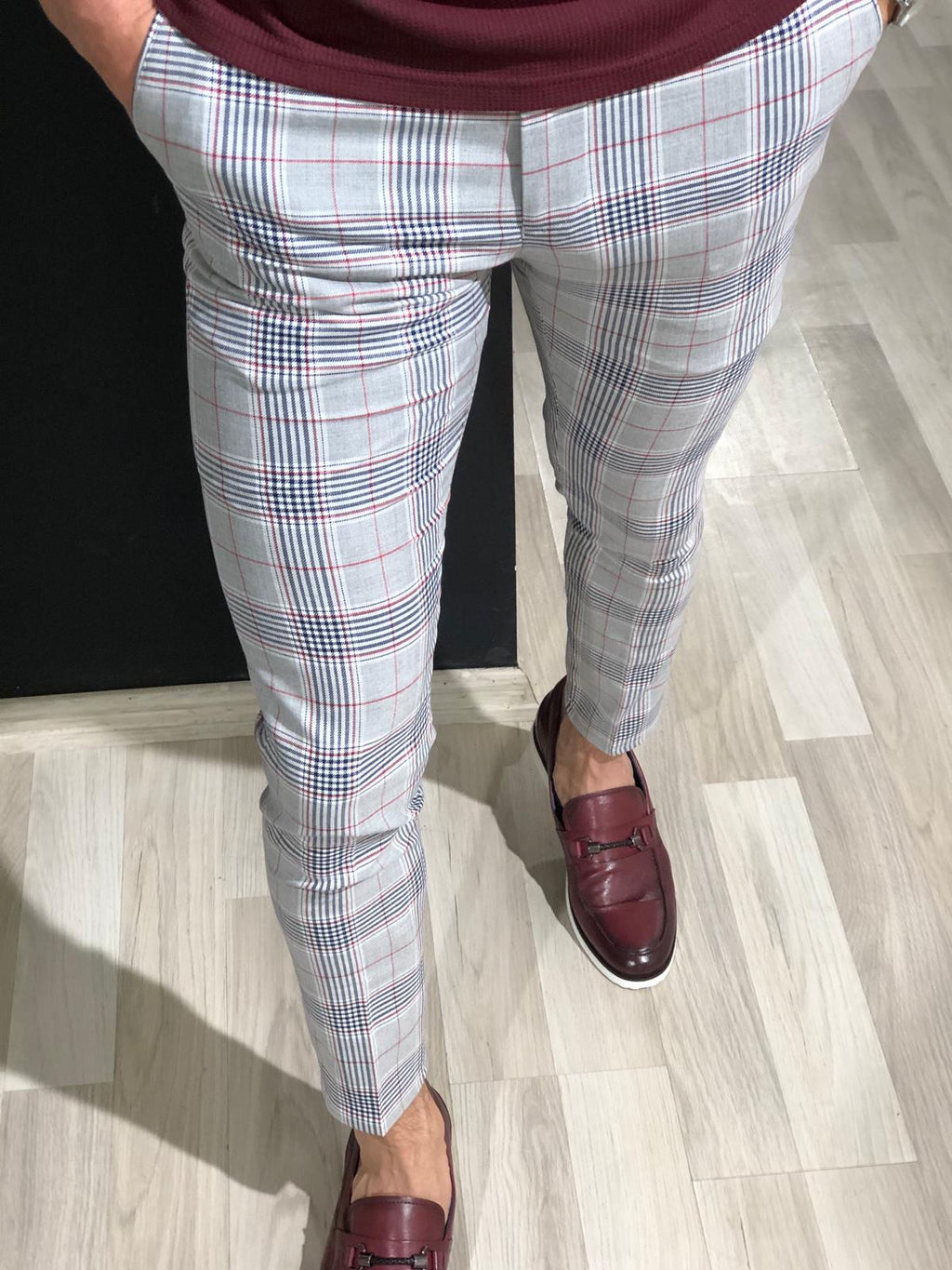 Slim Fit Plaid Pants in Claretred