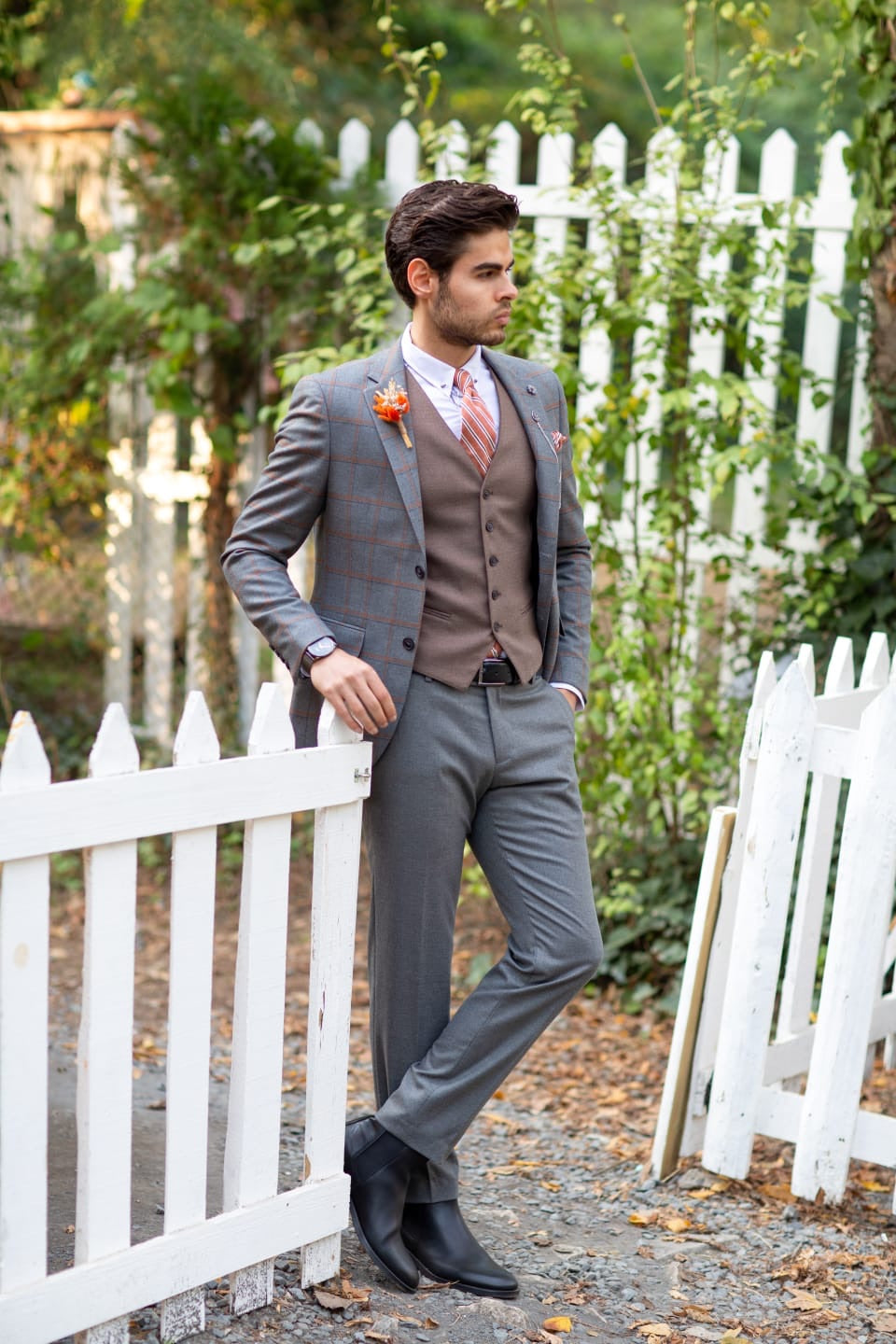 Sapon Slim-Fit Plaid Suit Vest Gray