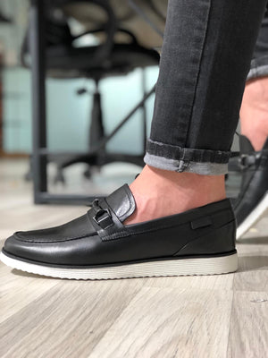 Buckle Detail Calf-Leather Shoes in Black