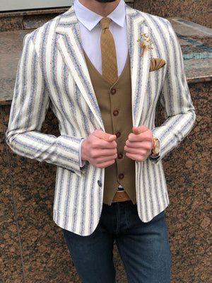 Feriff Slim-Fit Double Breasted Blazer in Ecru