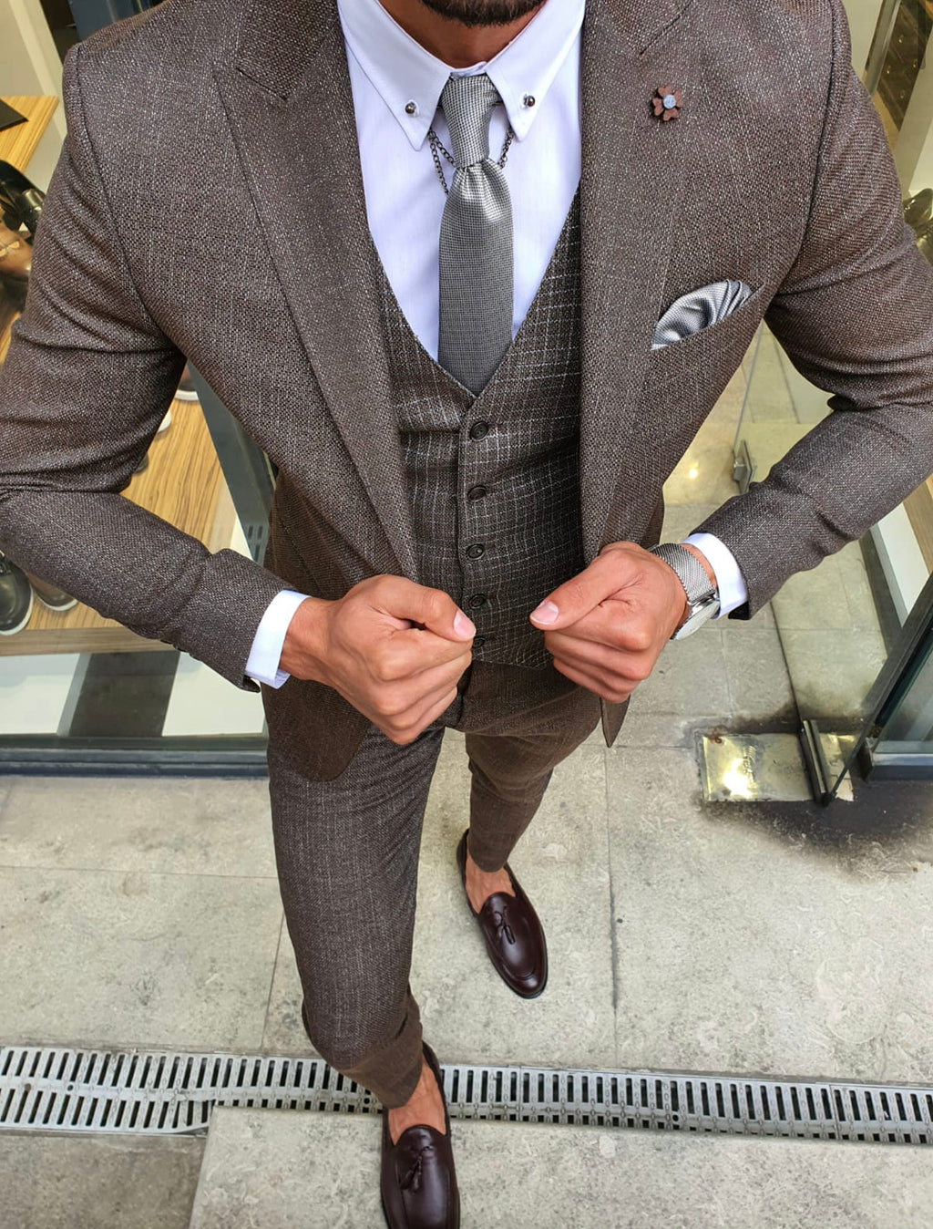 Tommy Brown Slim Fit Patterned Suit