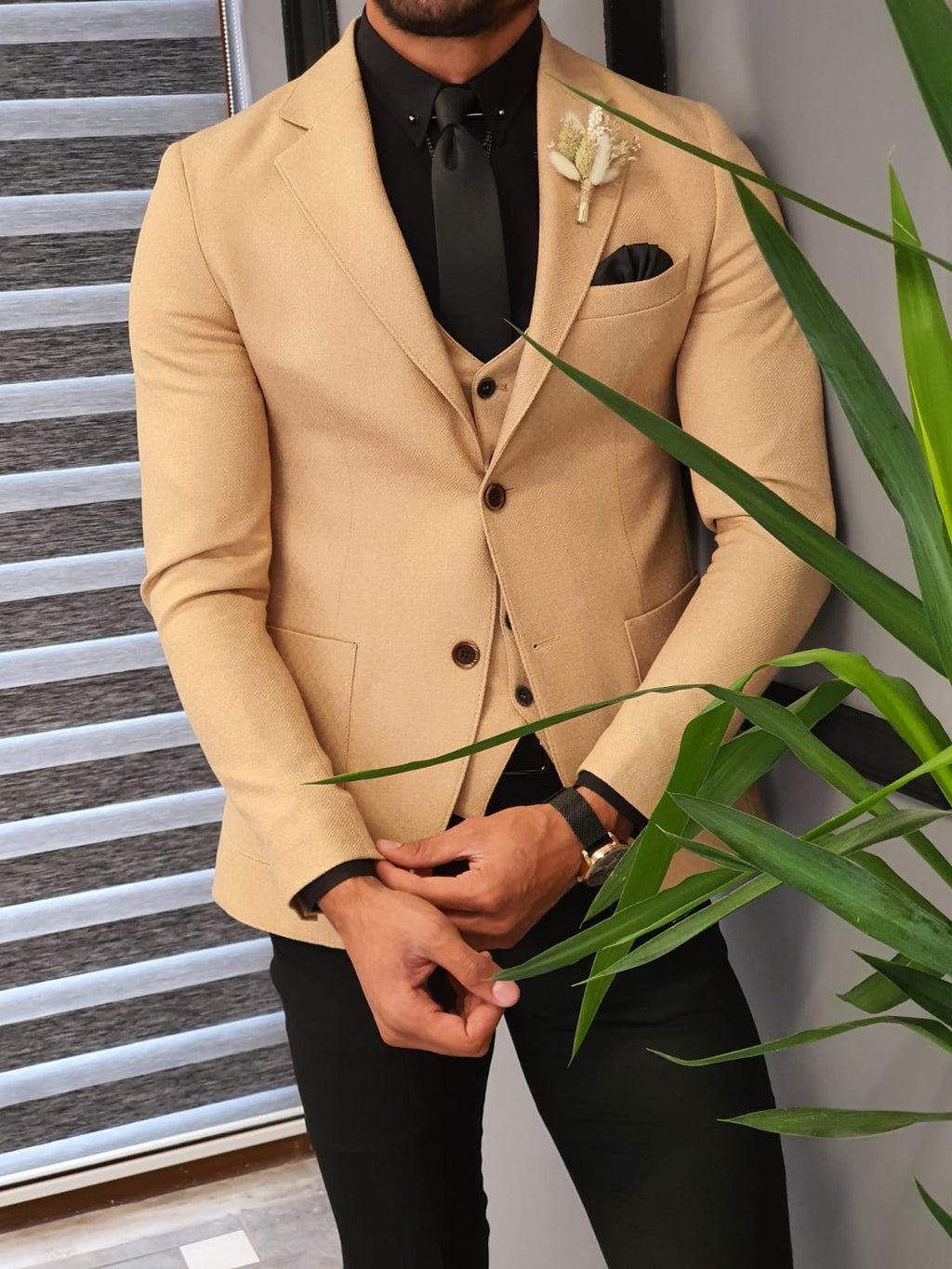 Forenzax  Beige Slim Fit Suit