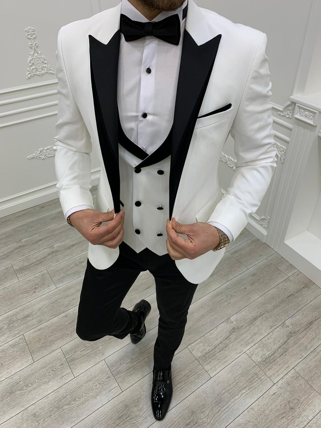 Petrucci Royal White Slim Fit Tuxedo